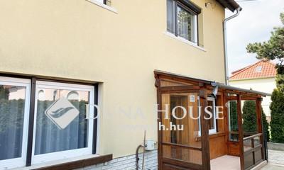 Eladó Ház, Vas megye, Szombathely, Víztorony környékén, 170 m2-es ikerház