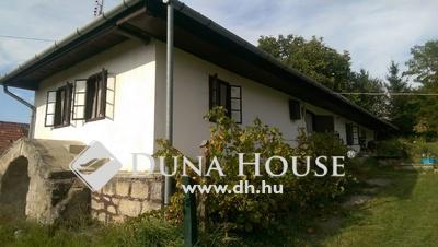 Eladó Ház, Nógrád megye, Vanyarc, 90 nm-es szép parasztház központban
