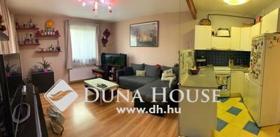 Eladó Ház, Budapest, 18 kerület, Táncsics ált. iskola mellett, két generációs