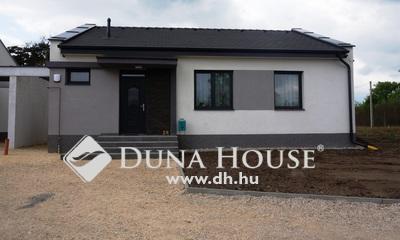 Eladó Ház, Fejér megye, Székesfehérvár, Harmatosvölgy, idén épült kész ház!