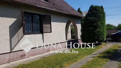 Eladó Ház, Baranya megye, Szigetvár, Szegfű utca