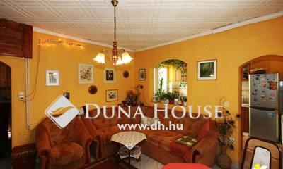 Eladó Ház, Veszprém megye, Veszprém, Családiházas övezet