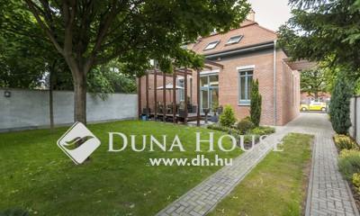 Eladó Ház, Budapest, 14 kerület, Újszerű, minden kényelemmel felszerelt 5 hálós!
