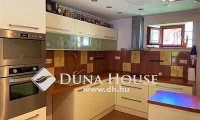 Eladó Ház, Baranya megye, Apátvarasd, Pécstől 25km re csendes rendezett faluban