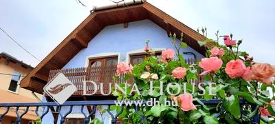 Eladó Ház, Budapest, 15 kerület, 2000-ben épült 2 lakrészes ház, jó közlekedéssel!