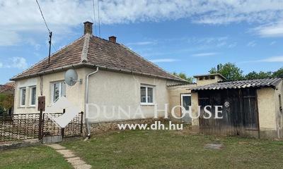 Eladó Ház, Komárom-Esztergom megye, Bokod, Fő utca