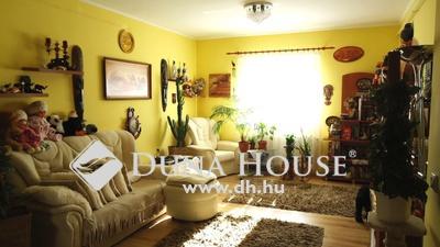 Eladó Ház, Budapest, 16 kerület, Rákosszentmihályon EGYSZINTES ház-csodás kerttel