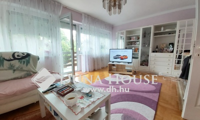 Eladó Ház, Budapest, 14 kerület, 3szintes, napfényes,3generációs ikerház