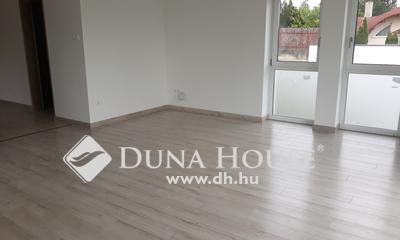 Eladó Ház, Pest megye, Budaörs, Kétlakásos felújított ház