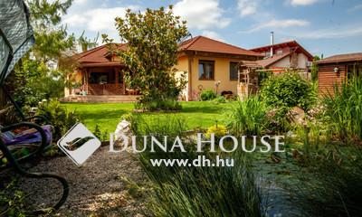 Eladó Ház, Pest megye, Dunaharaszti, Nyugalom szigete - Bezerédi lakóparkban ház
