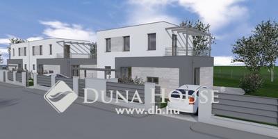 Eladó Ház, Budapest, 22 kerület, Csendes környék-Kocsibeálló-506nm telek!