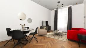 Eladó lakás, Budapest 6. kerület, Andrássy út -2 lakás egyben- minimál, berendezett!