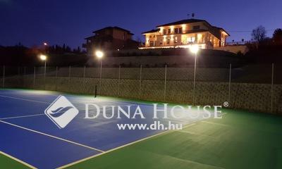 Eladó Ház, Pest megye, Tinnye, Luxus birtok, medence, teniszpálya,Piliscs mellett