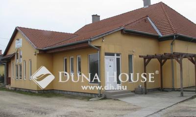 Eladó Ház, Győr-Moson-Sopron megye, Bőny, Bőny központjában