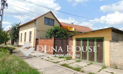 Eladó Ház, Pest megye, Nagykőrös, Nagykőrös központi részén, családi ház eladó!