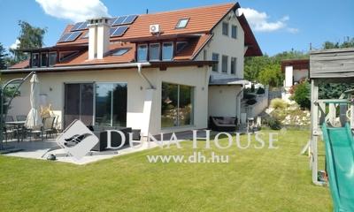 Eladó Ház, Pest megye, Szentendre, 3+2 szobás panorámás ház Pismányban