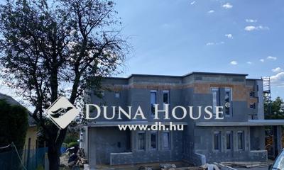 Eladó Ház, Baranya megye, Pécs, Rózsadomb ÚJ ÉPÍTÉSŰ NAPELEMES IKERHÁZ