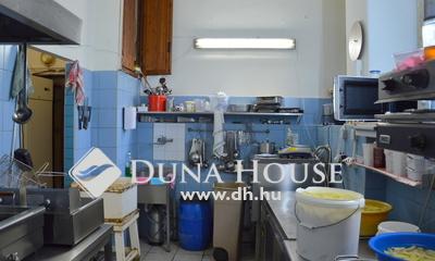 Eladó étterem, Budapest, 7 kerület, Bulinegyedben meleg konyhás étterem