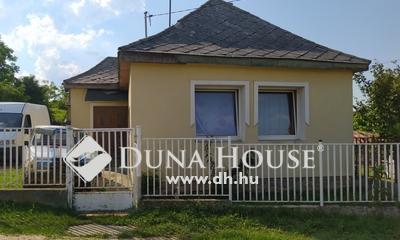 Eladó Ház, Veszprém megye, Dudar, Csendes mellékutcában