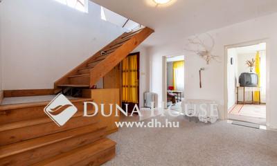 Eladó Ház, Budapest, 18 kerület, Pestszentimrén, sok szoba, tágas terek, nagy kert!