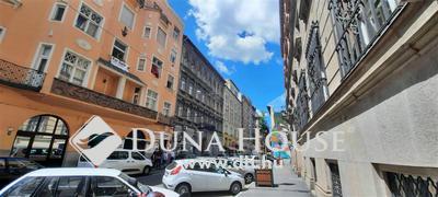 Eladó Lakás, Budapest, 7 kerület, A körúton belül - 2 lakássá alakítható!