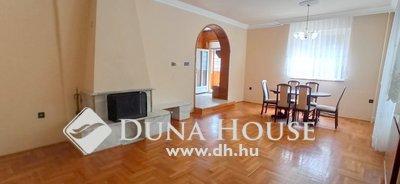 Eladó Ház, Szabolcs-Szatmár-Bereg megye, Nyíregyháza, Sóstói erdő szomszédságában családi ház eladó