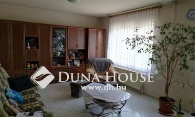 Eladó Ház, Komárom-Esztergom megye, Esztergom, Nyitrai utca