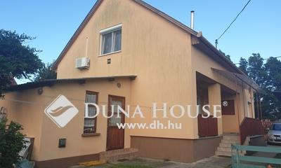 Eladó Ház, Pest megye, Üllő, Vasútállomáshoz közeli