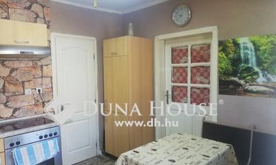 Eladó Ház, Győr-Moson-Sopron megye, Lázi, Központhoz közel, csendes utcában