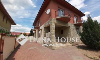 Eladó Ház, Budapest, 15 kerület, 15. ker. Frekventált helyen, önálló ház.