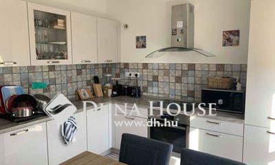 Eladó Ház, Budapest, 23 kerület, Saját kerttel rendelkező, 1+3 szobás sorházi lakás
