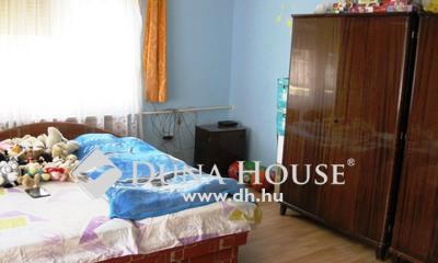 Eladó Ház, Pest megye, Sülysáp, A vasút állomás közelében, 3 szobás téglaház.