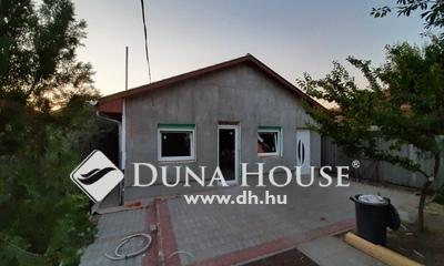 Eladó Ház, Budapest, 18 kerület, Új építés, 2+2 félszoba, 450 nm-es telek