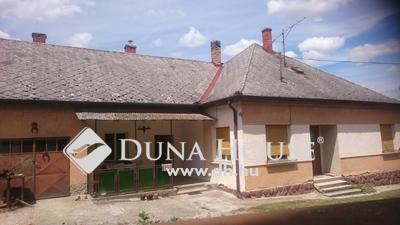 Eladó Ház, Győr-Moson-Sopron megye, Győr, Sok lehetőséget magába rejtő családi ház Csanakon