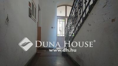 Eladó Lakás, Győr-Moson-Sopron megye, Győr, Honvéd liget közelében Földszinti felújítanó lakás