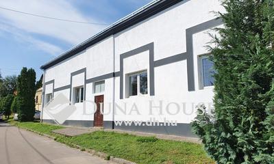 Eladó Ház, Baranya megye, Kozármisleny, Kozármisleny D-i részén felújított ház