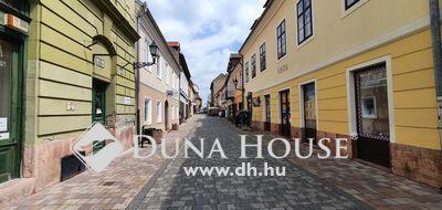 Eladó Ház, Győr-Moson-Sopron megye, Győr, Virágpiachoz közel