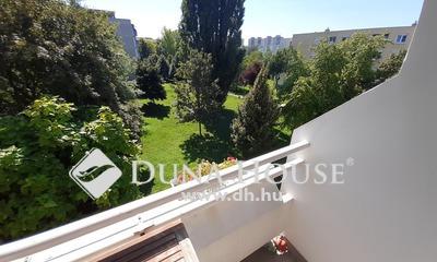 Eladó Lakás, Komárom-Esztergom megye, Tatabánya, Zöldövezetre néző, erkélyes lakás