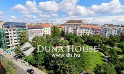 Kiadó Lakás, Budapest, 8 kerület, Mátyás térre néző, erkélyes, klímás