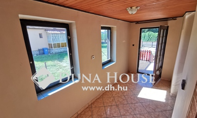 Eladó Ház, Tolna megye, Dombóvár, Kertváros elején