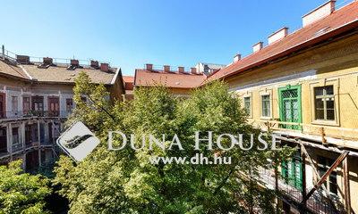 Eladó Lakás, Budapest, 8 kerület, Parkolási lehetőség,Zöldre néző, csendes, 2 szoba
