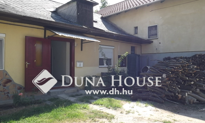 Eladó Ház, Veszprém megye, Balatonfüred, Kertes Sorház 700 méterre a mólótól.