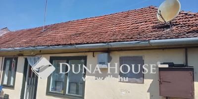 Eladó Ház, Bács-Kiskun megye, Kiskunfélegyháza, Mártirok utca
