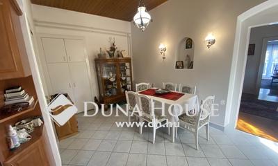 Eladó Ház, Baranya megye, Pécs, Mecsekoldal-Belvárosi részén egyszintes családiház