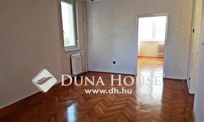 Eladó Lakás, Komárom-Esztergom megye, Tatabánya, Köztársaság utca