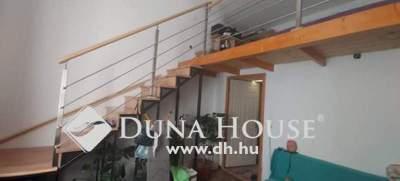 Eladó Lakás, Budapest, 14 kerület, Felújított,57nm,2szoba,téglalakás
