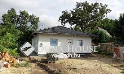 Eladó Ház, Pest megye, Szigetszentmiklós, Dunaparthoz közeli új építésű ikerház