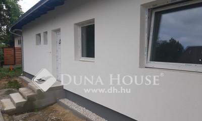 Eladó Ház, Pest megye, Szigetszentmiklós, Dunapart közeli új építésű ikerház