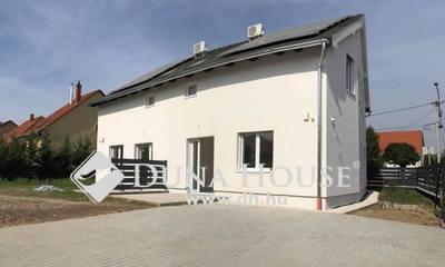 Eladó Ház, Baranya megye, Pécs, Kertváros