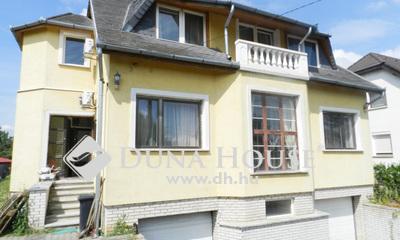 Eladó Ház, Vas megye, Szombathely, Családi ház 200 m2-es, 4 garázzsal,1300-as telken